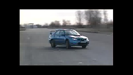 Lancer Evolution 9 Vs.impreza  sti