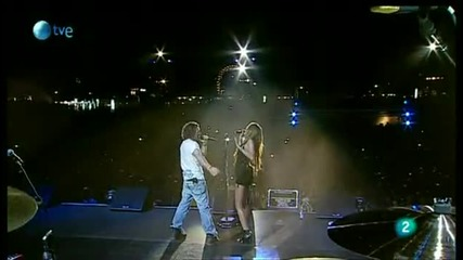 Miley Cyrus David Bisbal - When I look at You (hq) 06.6.2010 Rock in Rio 2010 Madrid