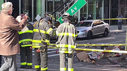 USA: Several injured after car hits outdoor dining set in multi-vehicle crash in NYC