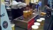 Странен дозатор за бира