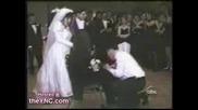 И това понякога се случва по Сватбите...