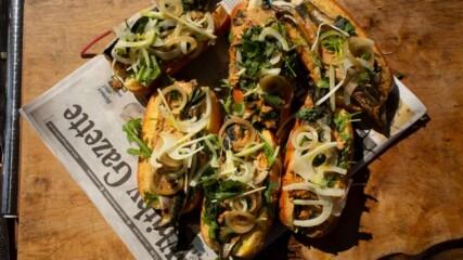 Сандвичи със скумрия в къри | Джеймс Мартин