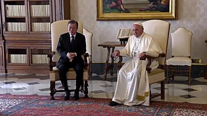 Holy See: S.Korean President visits Pope Francis, delivers invitation to North Korea
