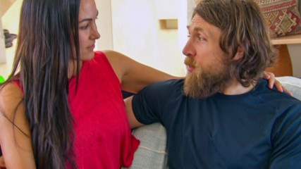 "Brie Bella and Daniel Bryan prepare for ""ten weeks of chaos"": Total Bellas, Jan. 20, 2019"
