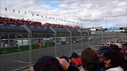 Сравняване на звуците на болидите от F1 от 2013 година и 2014