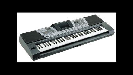 prodavam klavir