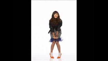 Demi Lovato - Pics