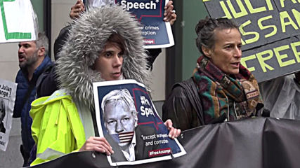 UK: Protests outside court for WikiLeaks' Assange extradition case