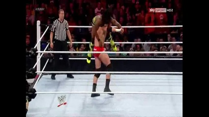 Уейд Барет Печели Интерконтиненталната Титла ( Monday Night Raw - 31/12/12 )