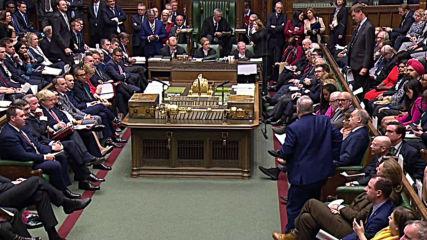 UK: PM Johnson accuses Corbyn of 'talking Britain down'