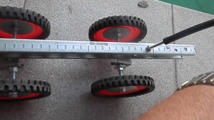 Newly patented quad on a hinges less platform self 4 steering wheels cornering by tilting