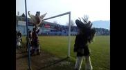 Сурва 2011 Петрич на стадиона в Симитли