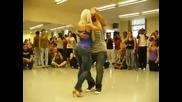 Момичето, което зариби всички с танца си. Огненият танц бачата!