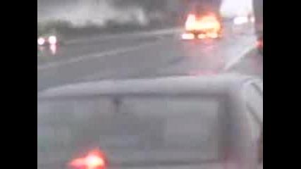 кола изгоря на магистрала Тракия