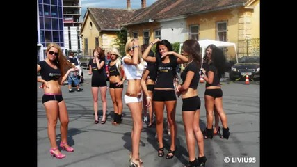 Auto moto show - girls