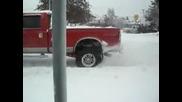 ford f350 dyrpa tir v snega