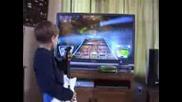 8 Godishno Mom4e Expert Na Xbox360