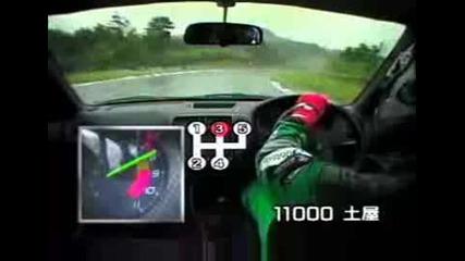 Honda Civic with Spoon engine on 10.000 rpm engine