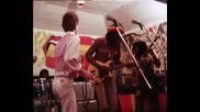 Peter Tosh & Mick Jagger - Walk And Dont Look Back