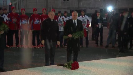 Russia: Putin pays respects to victims of 2011 Lokomotiv plane crash