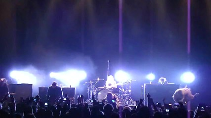 Evanescence - Going Under (live)