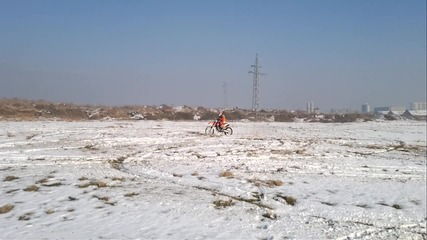 Fun in the snow whit 350 Ktm
