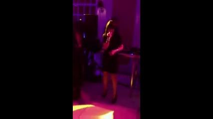 Карли Рае Джесън пее Call Me Maybe а 18-тия рожден ден на Джъстин Бийбър + Ашли и Джъстин танцуват