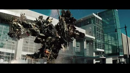 Transformers:dark of the Moon - Трелър