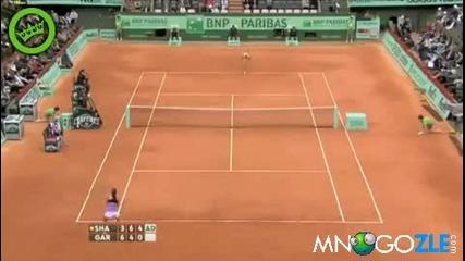 Тенисистки озвучават порно