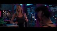 Дженифър Анистън във филма - Отстреляй бившата 2010 част 3