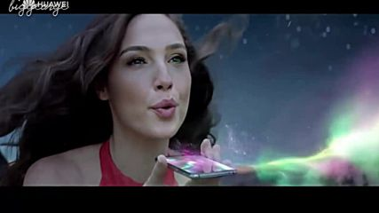 Gal Gadot - New Huawei P20 Pro Commercial