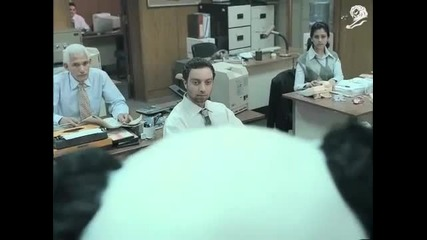 Мн смешна реклама - Никога не отказвай на панда (в офиса)