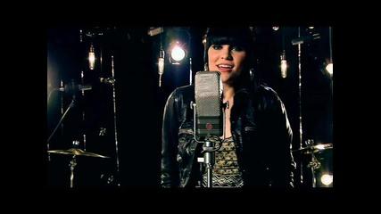 Jessie J feat. B.o.b. - Price Tag (2010)