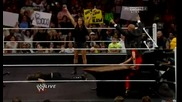 Wwe Raw 04.08.2014: Stephanie Mcmahon смаза близначките Bella преди Summerslam 2014