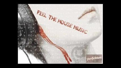 *-*bomb*-* Houce Music*-*