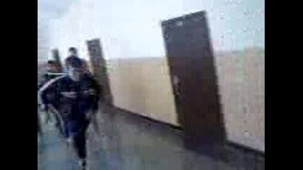 Данчо Пробва Стената