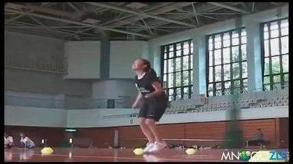наи-бързото момиче на скачане на въже