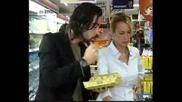 Зейнеп и Мурат пазаруват, Опасни улици
