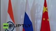 Turkey: Putin greets BRICS leaders Zuma, Modi and Rousseff at G20 summit