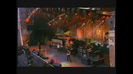 Bon Jovi - Living On A Prayer - Live