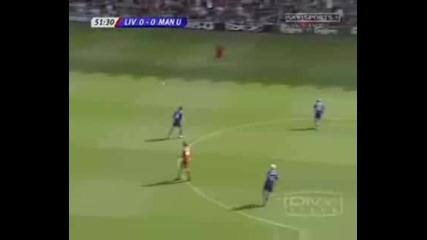 Gerrard Tackles Rooney
