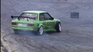 Звук само за маняци ! Bmw E30 Turbo+anti-lag Sound