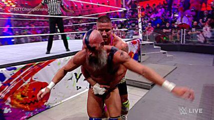 Tommaso Ciampa vs. Bron Breakker – NXT Title Match: WWE NXT, Oct. 26, 2021
