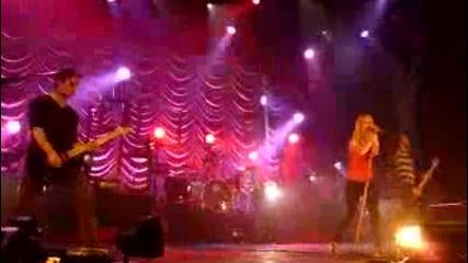 Paramore - Careful [london Wembley Arena] 18/12/2009
