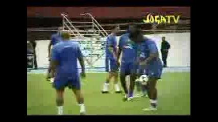 Cristiano Vs. Ronaldinho - Финтове