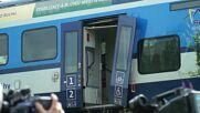 Czech Republic: Rescue crews on scene of deadly train crash in Milavce