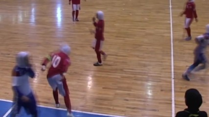 Iran: Russian women's futsal team dons hijab for two matches in Tehran