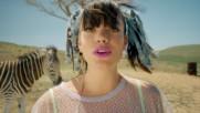 Lily Allen - Air Balloon (Оfficial video)