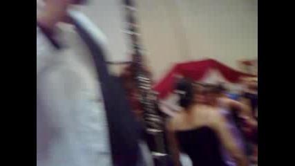 Джамайка свири на кларинет