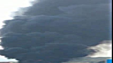 ТИР, превозващ масло, се запали на АМ